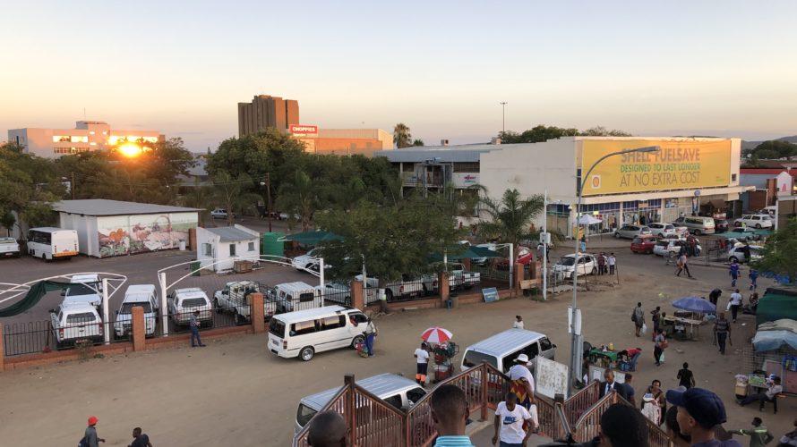 ボツワナ脱出!陸路で南アを目指す;Gweta->Francistown->Gaborone->ヨハネスブルグ